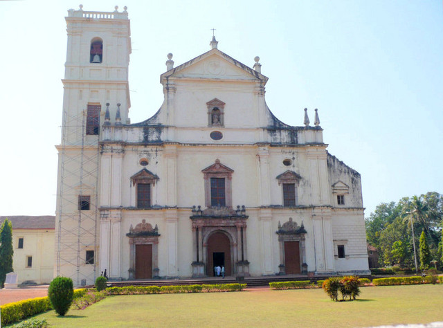 The largest church in the whole of India and Asia, Se Cathedral, Goa...